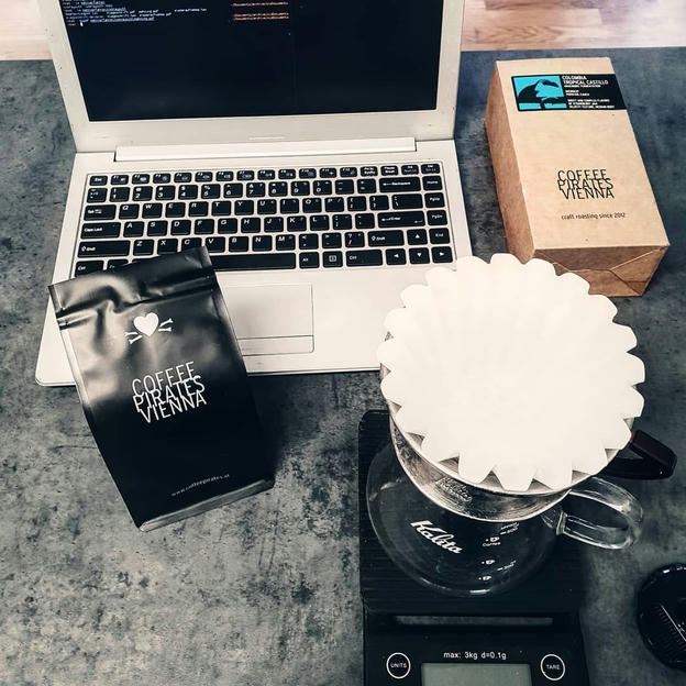 Photo shared by Coffee'n'Code on September 29, 2019 tagging @third_wave_coffee, @coffeepirates_vienna, @manualbrewonly, and @thecoffeenerds.